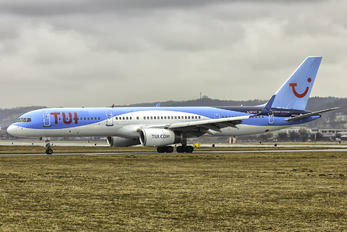 G-BYAY - TUI Airways Boeing 757-200
