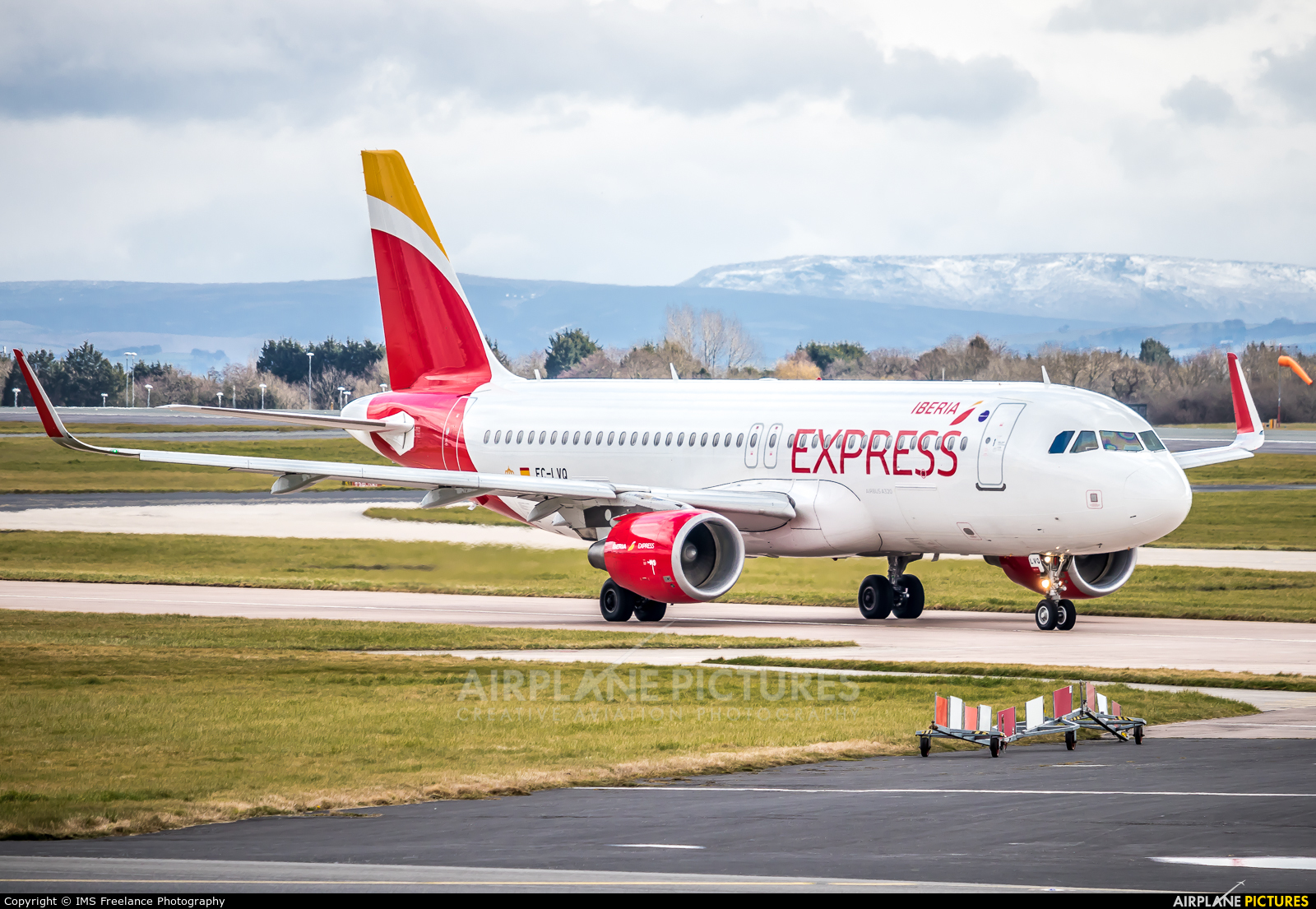Iberia Express EC-LVQ aircraft at Manchester