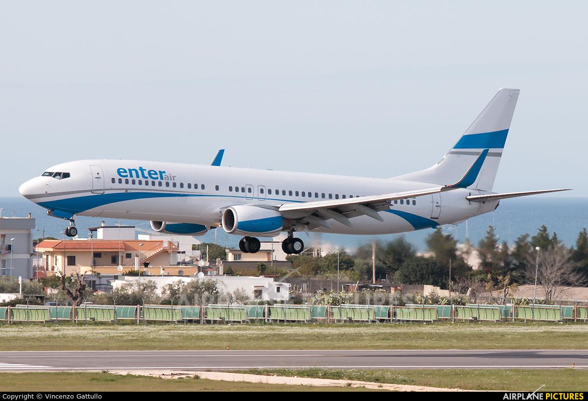 Enter Air SP-ENG aircraft at Bari