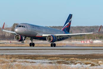 VP-BTJ - Aeroflot Airbus A320
