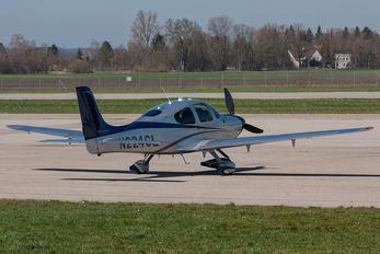 N224CL - Private Cirrus SR-22 -GTS