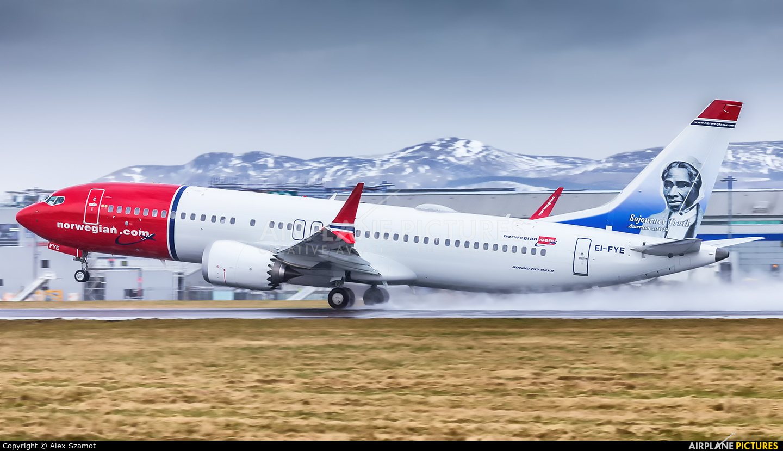 Norwegian Air Shuttle EI-FYE aircraft at Edinburgh