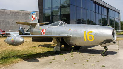 16 - Poland - Air Force Yakovlev Yak-23