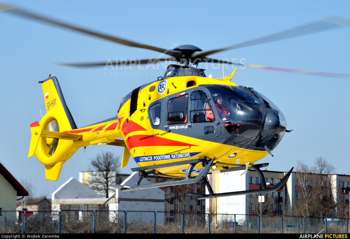 Polish Medical Air Rescue - Lotnicze Pogotowie Ratunkowe SP-HXI aircraft at Siemiatycze Hospital