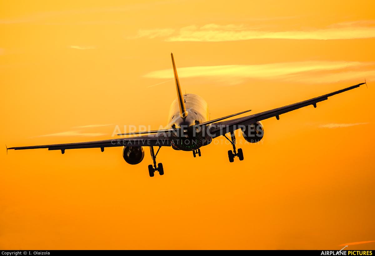 Vueling Airlines EC-KDX aircraft at Barcelona - El Prat