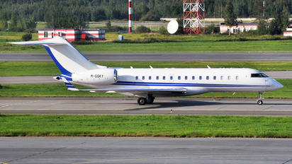 M-GSKY - Private Bombardier BD-700 Global Express