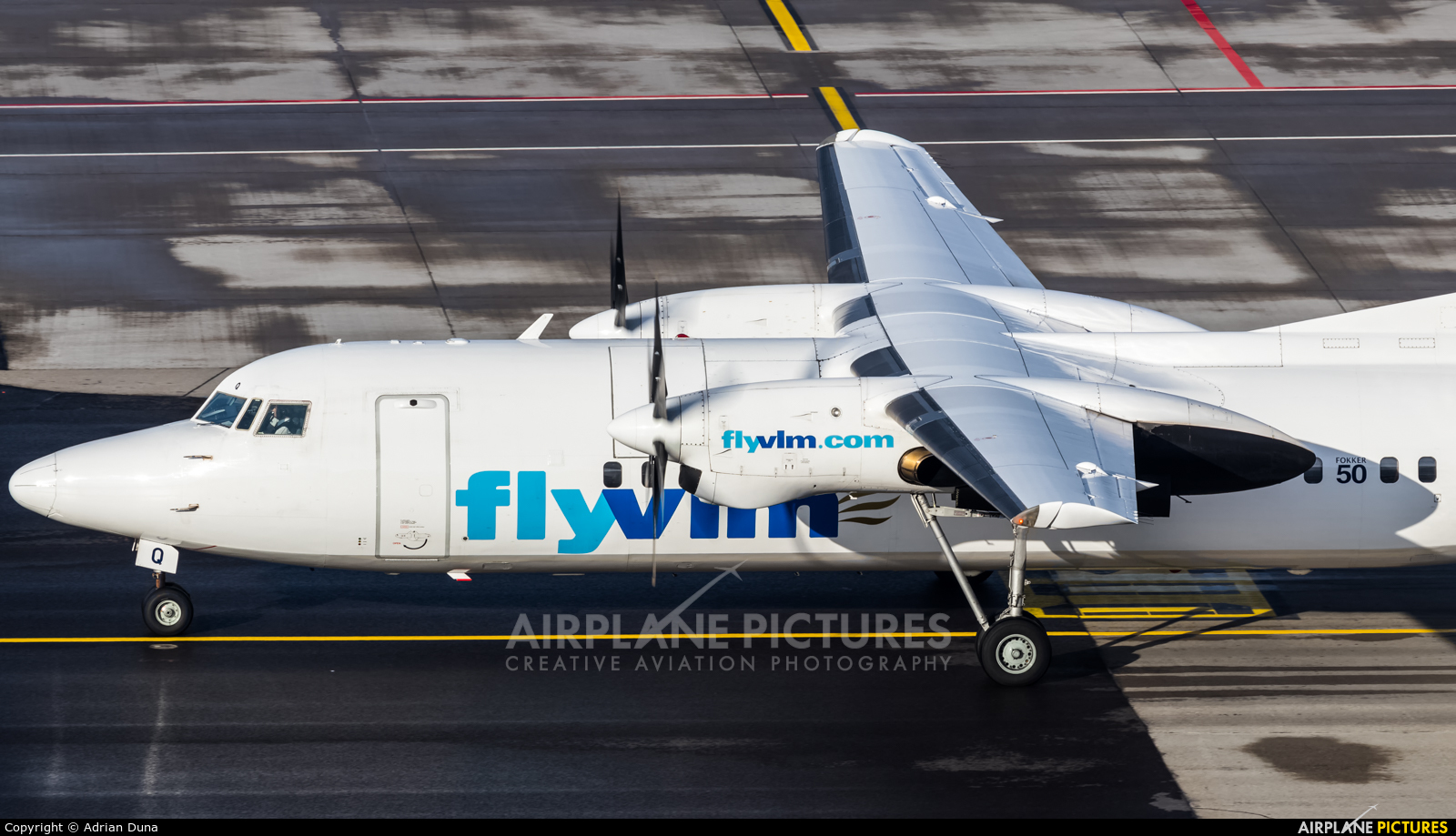 VLM Airlines OO-VLQ aircraft at Zurich