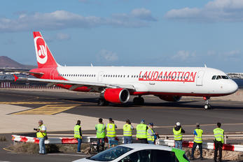 OE-LCG - LaudaMotion Airbus A321