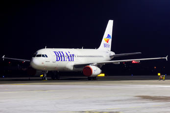 LZ-BHI - Balkan Holidays Air Airbus A320
