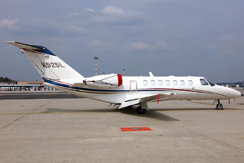 N525L - Private Cessna 525B Citation CJ3