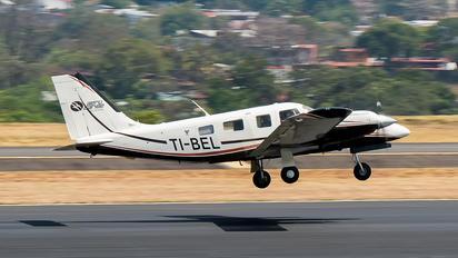 TI-BEL - AeroCaribe Air Charter Piper PA-34 Seneca