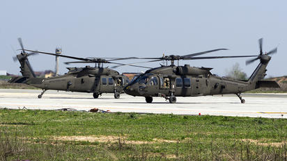 16-20810 - USA - Army Sikorsky UH-60M Black Hawk