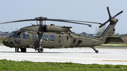 16-20822 - USA - Army Sikorsky UH-60M Black Hawk