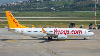 TC-İZK - Pegasus Boeing 737-800