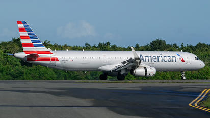 N907AA - American Airlines Airbus A321