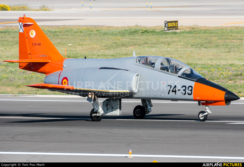 Spain - Army E.25-88 aircraft at Palma de Mallorca