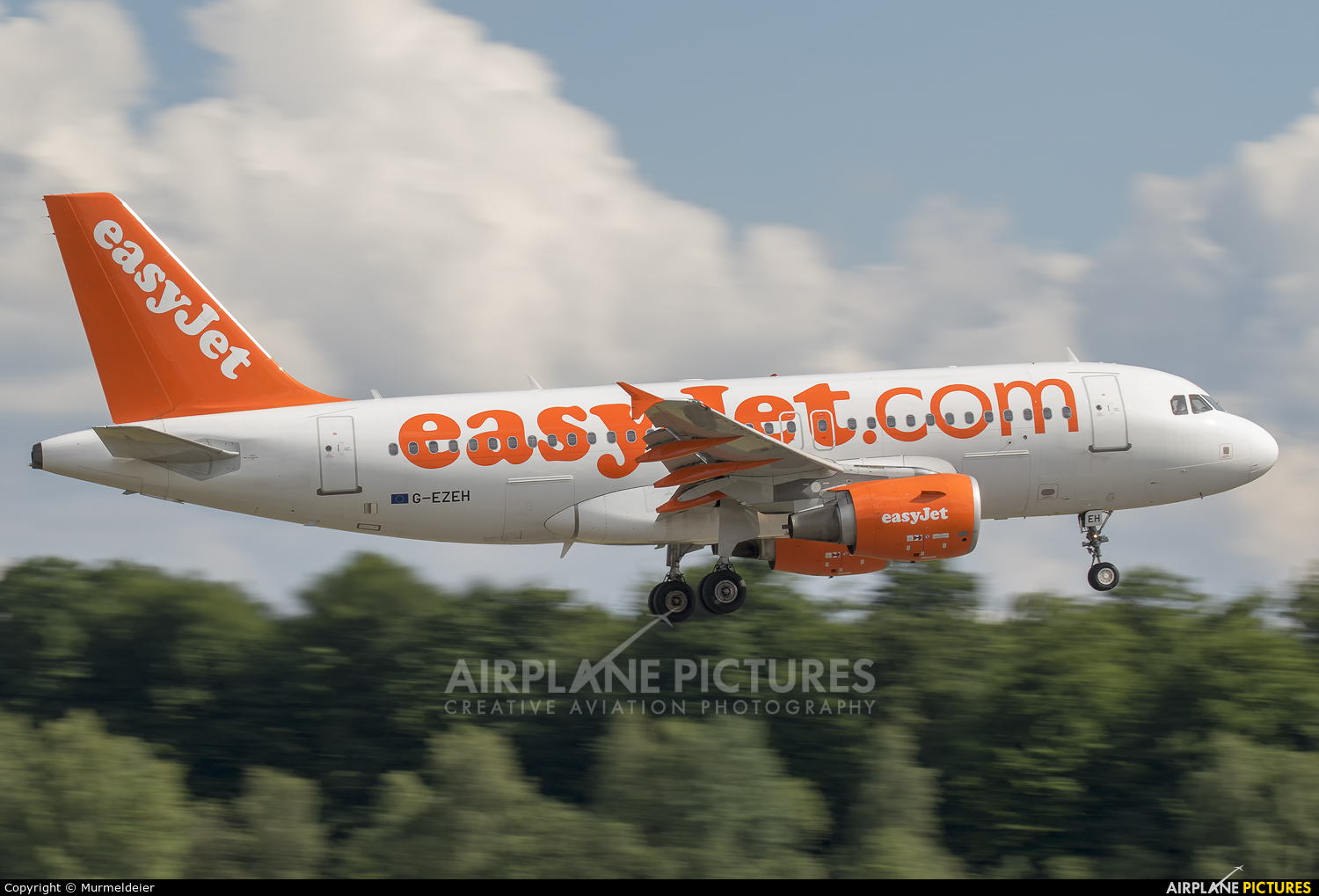 easyJet G-EZEH aircraft at Luxembourg - Findel