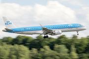 KLM Cityhopper PH-EZR image