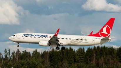 TC-JYN - Turkish Airlines Boeing 737-900ER
