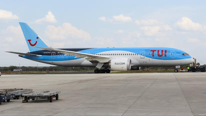G-TUIH - TUI Airways Boeing 787-8 Dreamliner