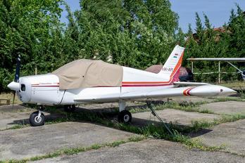 HA-APL - Private Piper PA-28 Cherokee