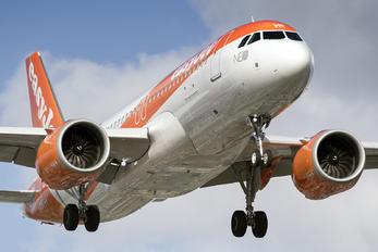 G-UZHE - easyJet Airbus A320 NEO