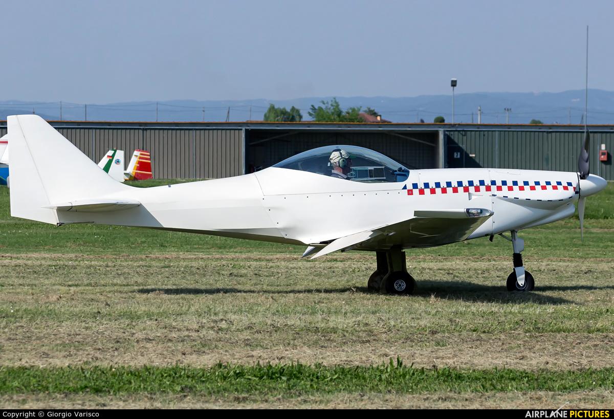 Private - aircraft at Montagnana