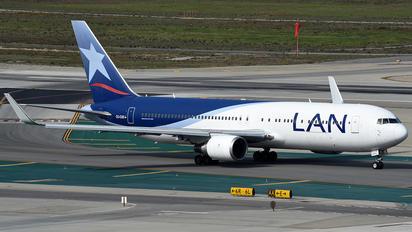 CC-CXD - LAN Airlines Boeing 767-300