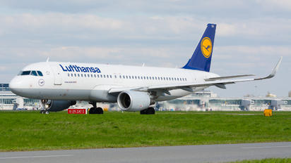 D-AIUA - Lufthansa Airbus A320
