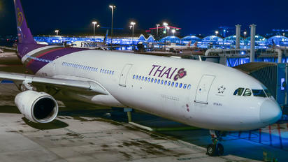 HS-TBE - Thai Airways Airbus A330-300