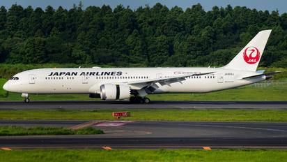 JA869J - JAL - Japan Airlines Boeing 787-9 Dreamliner