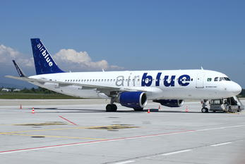 AP-EDG - Air Blue Airbus A320