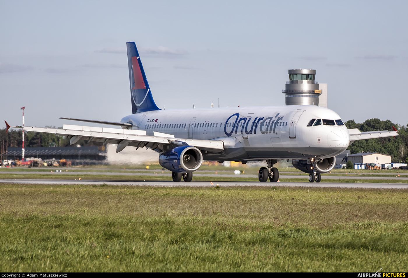Onur Air TC-OBJ aircraft at Katowice - Pyrzowice
