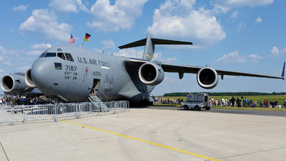 07-7187 - USA - Air Force Boeing C-17A Globemaster III