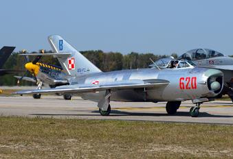 NX620PF - Private Mikoyan-Gurevich MiG-17PF