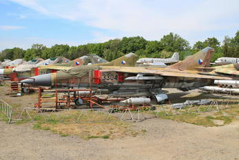 3304 - Czech - Air Force Mikoyan-Gurevich MiG-23ML