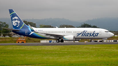 N566AS - Alaska Airlines Boeing 737-800