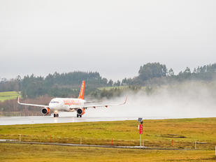 G-EZWN - easyJet Airbus A320