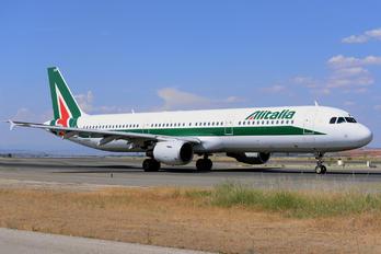 I-BIXM - Alitalia Airbus A321