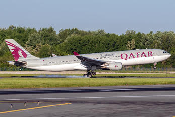 A7-AEC - Qatar Airways Airbus A330-300