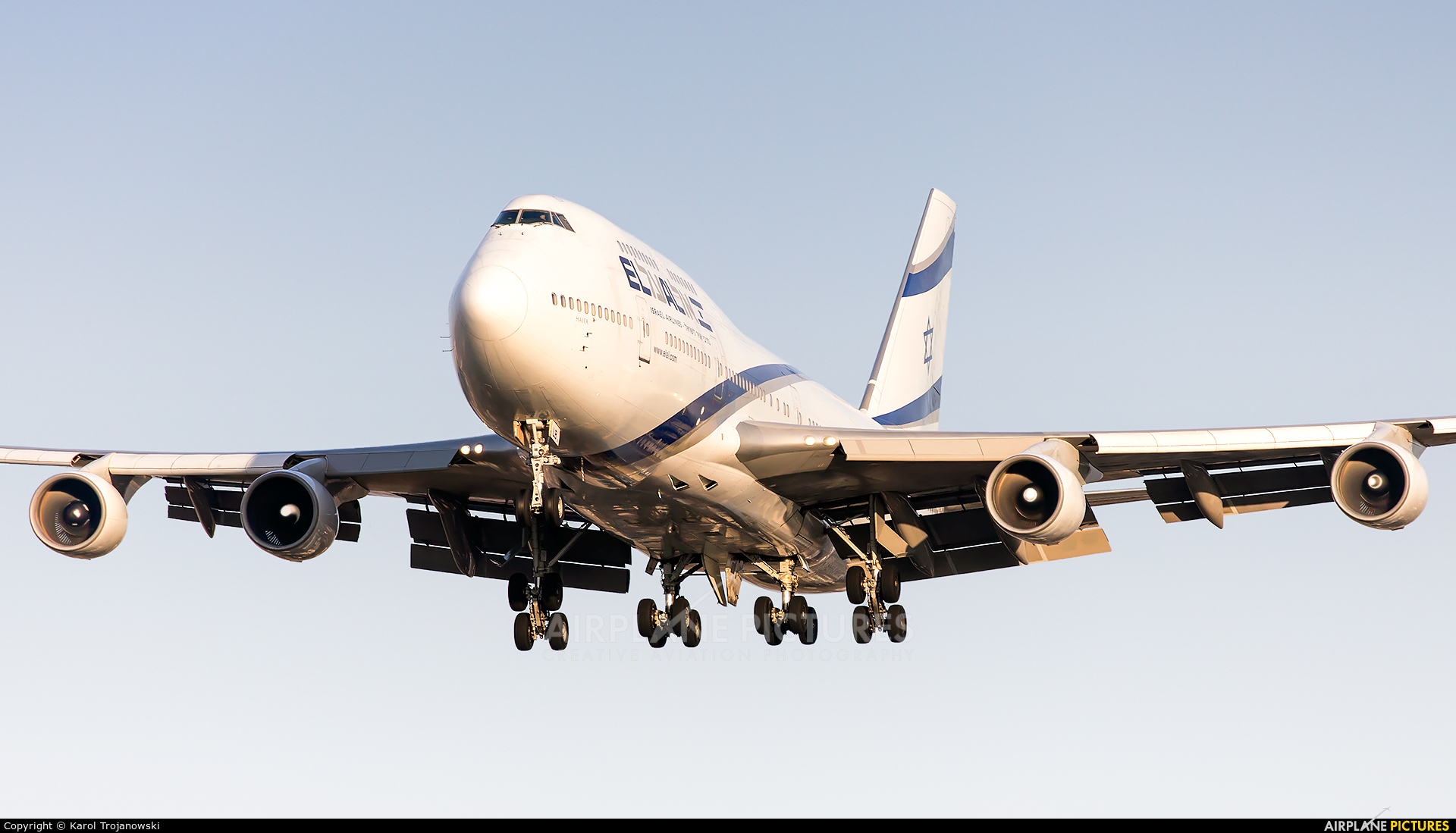 El Al Israel Airlines 4X-ELB aircraft at Warsaw - Frederic Chopin