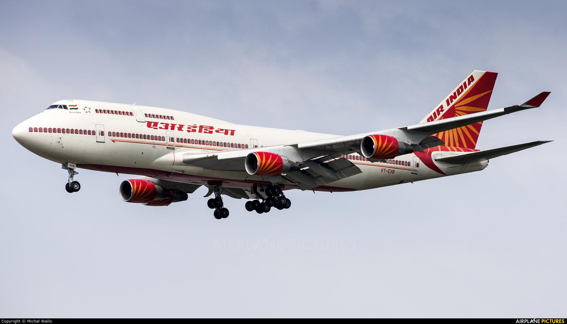 Air India VT-EVB aircraft at Frankfurt
