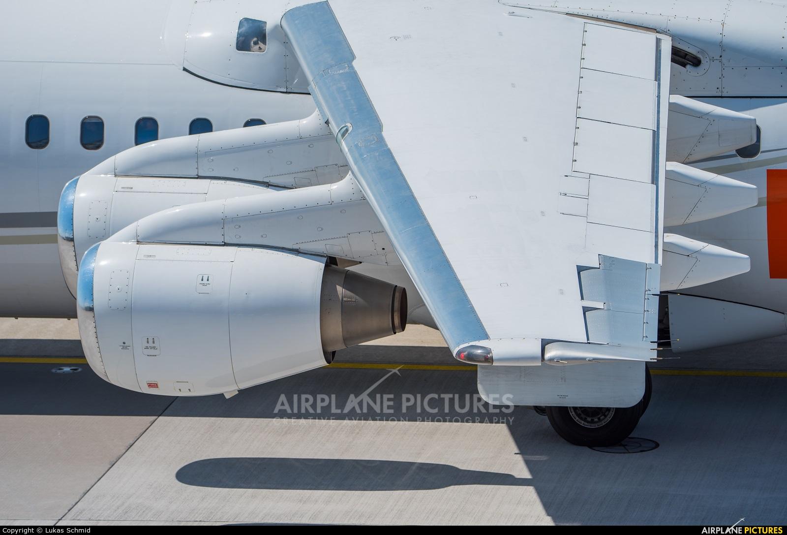 WDL D-AZFR aircraft at Zurich
