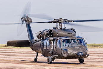 8903 - Brazil - Air Force Sikorsky H-60L Black hawk