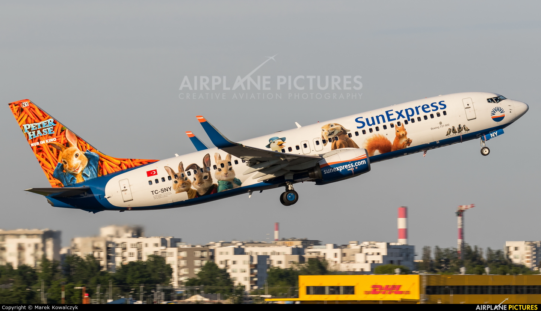 SunExpress TC-SNY aircraft at Warsaw - Frederic Chopin