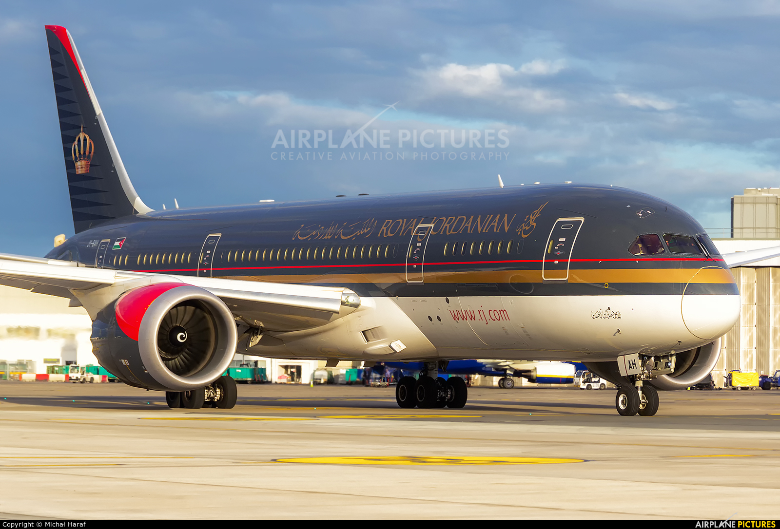 Royal Jordanian JY-BAH aircraft at Dublin
