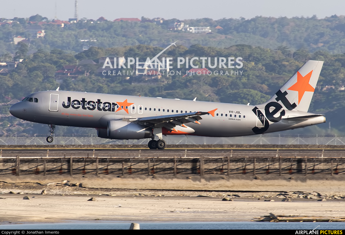 Jetstar Airways VH-JQL aircraft at Denpasar- Ngurah Rai Intl