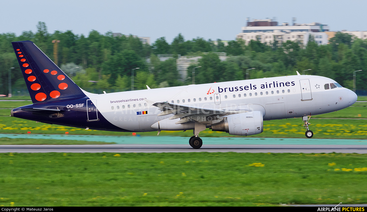 Brussels Airlines OO-SSF aircraft at Warsaw - Frederic Chopin