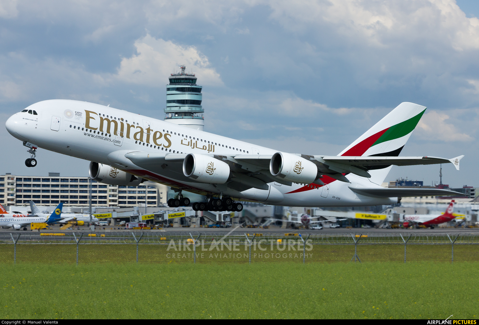 Emirates Airlines A6-EOE aircraft at Vienna - Schwechat
