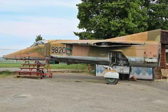 9820 - Czech - Air Force Mikoyan-Gurevich MiG-23BN